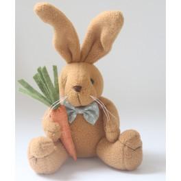 http://www.catalinalunares.com/8452-thickbox_default/conejito-zanahoria-para-bebe.jpg